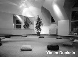 <br/>Yin im Dunkeln